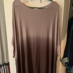 Flowy, oversized, tan and brown ombré ss shirt